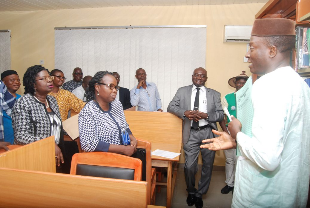 Commissioning and handing-over - CEADESE Library